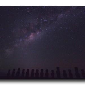 イースター島の夜。満点の星空に包まれて。